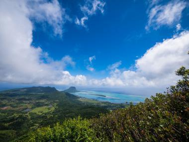 Pohled na pobřeží ostrova Mauritius